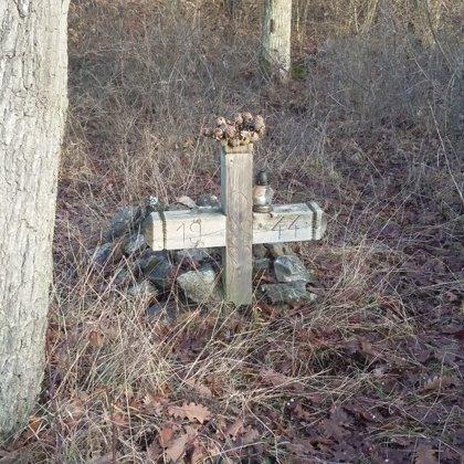 17. Ismeretlen katona sírja a Berva-bérc oldalában