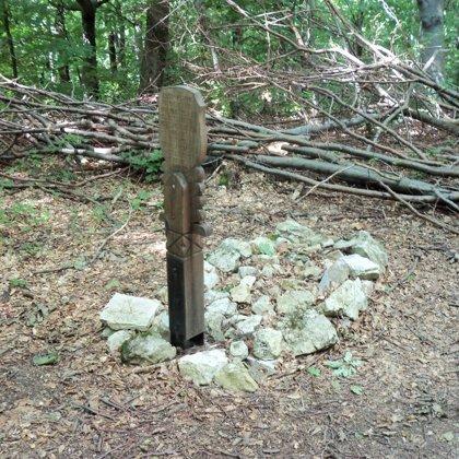 22. Ismeretlen katona sírja a Kisvár-nyeregben