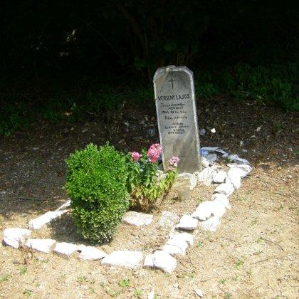 14. Verseny Lajos törzsőrmester sírja a Hór-völgyben